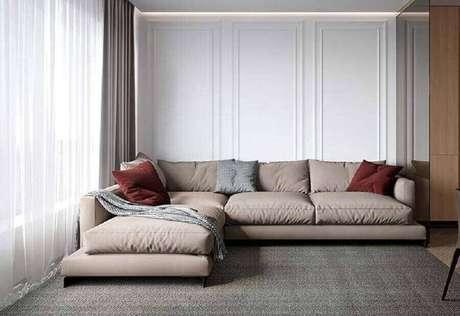 7. Decoração em tons neutros com sofá de canto modernos – Foto: The Holk