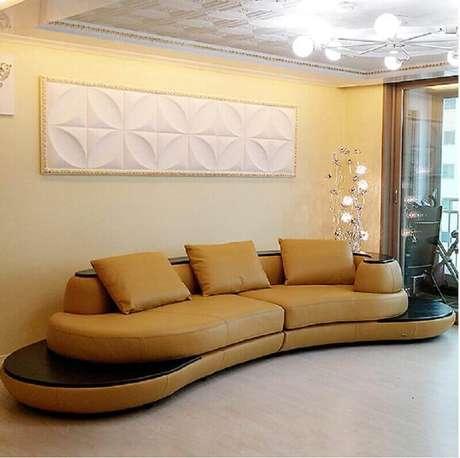 54. Sofás modernos e confortáveis para decoração de sala em tons neutros – Foto: Couches & Sofa