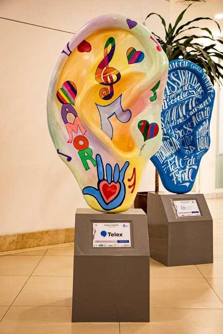 São Paulo recebe 60 esculturas gigantes de orelhas, com cerca de 2,40 metros de altura