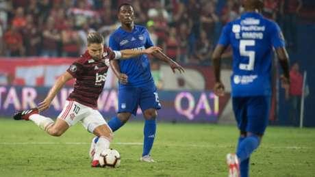 Diego atuou por, aproximadamente, 70 minutos contra o Emelec (Foto: Alexandre Vidal / Flamengo)