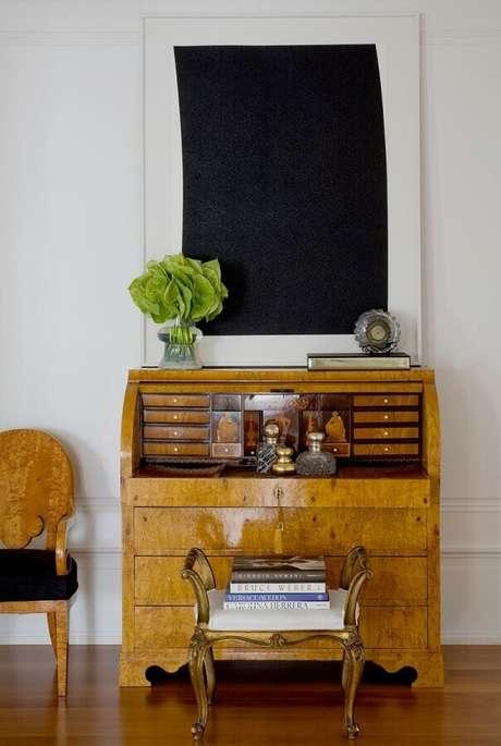 2. Investir em móveis antigos é uma forma de deixar a casa mais estilosa – Foto: Roberto Migotto