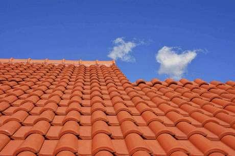 1. A telha portuguesa é o que há de mais popular. Foto: Cejatel