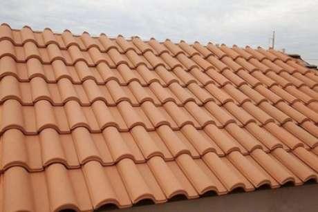 21. A telha portuguesa é o que há de melhor para acabamentos. Foto: Madeireira Gonçalvez