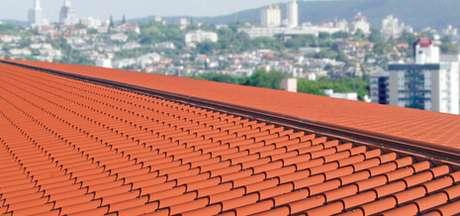 32. A telha portuguesa pode ser o que faltava para a área externa da sua casa. Foto: Casa Abril