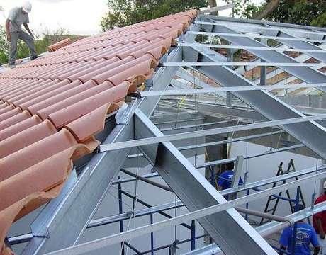 36. A telha portuguesa precisa de uma boa estrutura. Foto: O Aulejista Franz Rezende