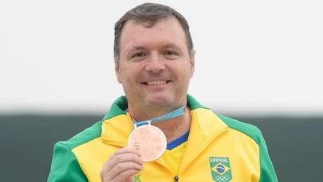 Júlio Almeida conquistou sua sétima medalha em Jogos Pan-Americanos (Foto: Alexandre Loureiro/COB)
