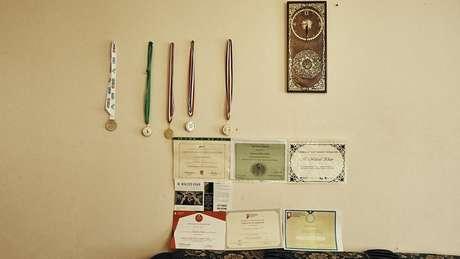 Medalhas e diplomas de Waleed