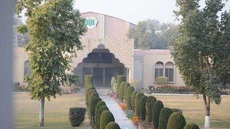 A escola de Waleed no Paquistão