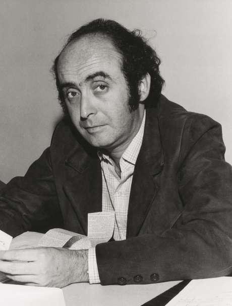 Herzog morreu nas instalações do DOI-CODI do Exército em São Paulo em outubro de 1975, aos 38 anos