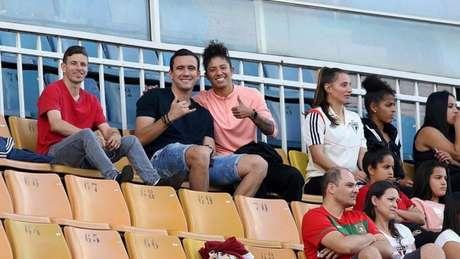 Cristiane e Pablo estiveram no Pacaembu para prestigiar o time feminino do São Paulo (Foto: Reprodução/Instagram)