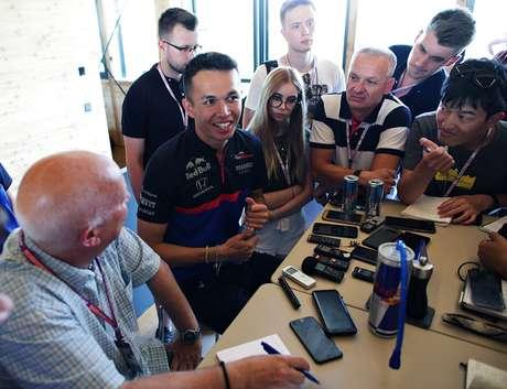 Alex Albon ansioso por voltar a pilotar a Toro Rosso depois de um bom desempenho na Alemanha