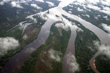 O Território Indígena do Xingu abriga algumas das áreas mais preservadas da bacia