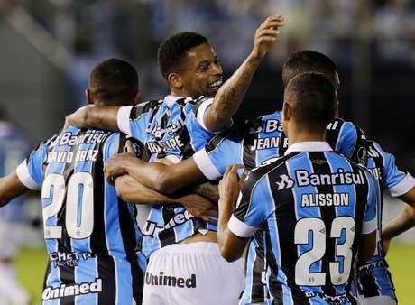 Grêmio se classifica às quartas da Libertadores.