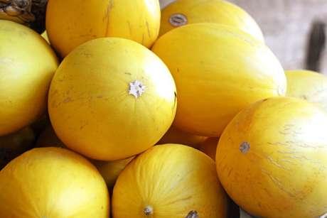 Conheça as dicas para aprender como escolher melão