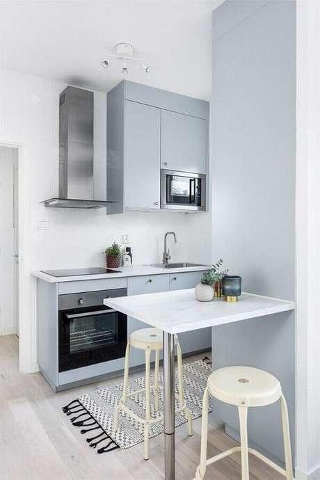 36. Instalação rápida e facilidade na limpeza grandes vantagens do forno elétrico de embutir – Foto: Made With Home
