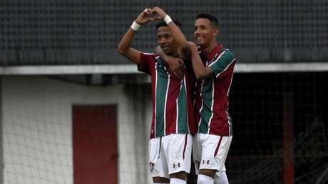 Jogadores comemoram goleada do Flu na Copa do Brasil Sub-17 (Foto: Mailson Santana/FFC)