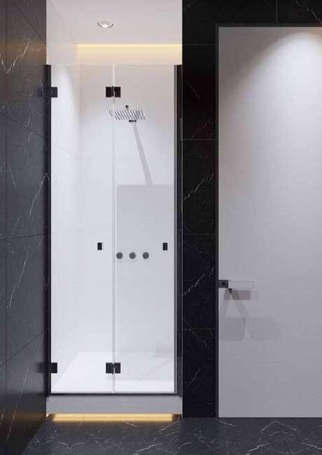 7. Banheiro com granito preto Via Láctea