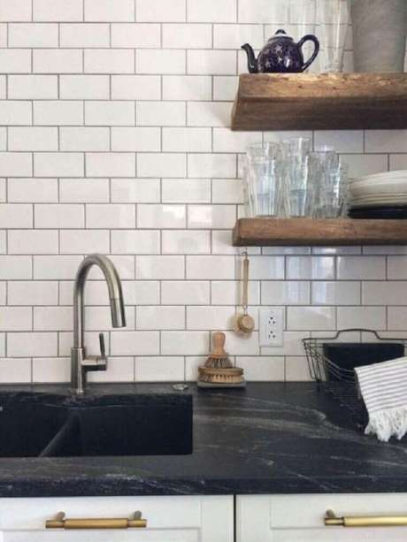 11. Bancada de cozinha com granito preto Via Láctea