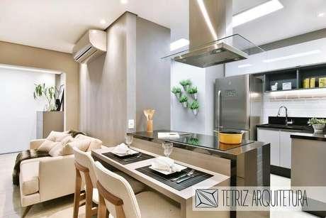 18. O ar condicionado split é interessante para casas compactas. Projeto de Tetriz Arquitetura e Interiores