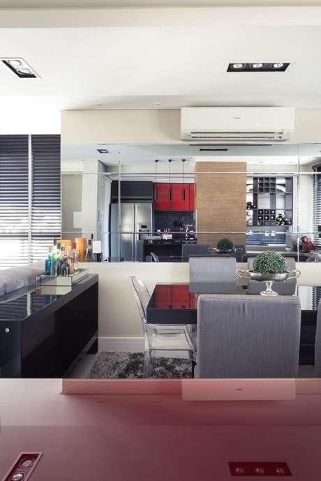 14. O ar condicionado split combina com diferentes decorações. Projeto de Braccini + Lima Arquitetura