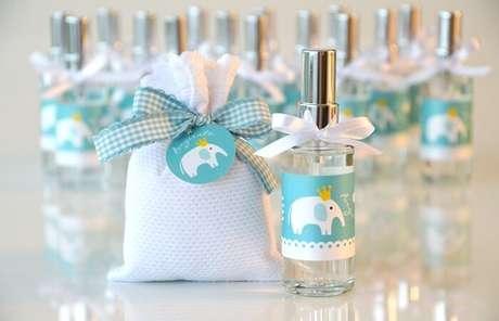 16. Utilize aromatizadores de ambiente como lembrancinha de maternidade. Fonte: Ibaby Site