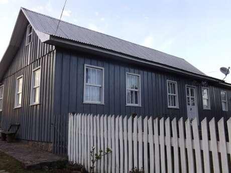 13. Casa cinza com branco – Por Trip Advisor