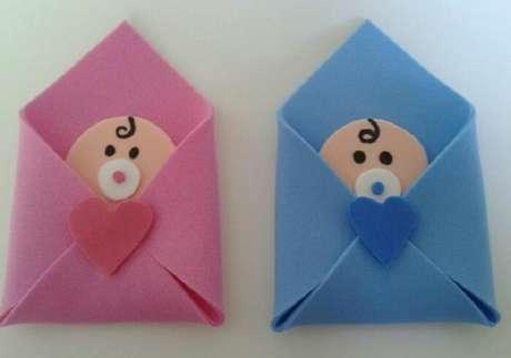 46. Lembrancinhas de maternidade em eva com bebê. Fonte: Como Fazer Artesanatos