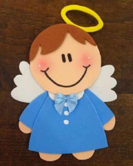57. Lembrancinha de maternidade em eva em formato de anjinho. Fonte: Pinterest