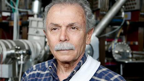 O físico Ricardo Galvão, 71 anos, é membro da Academia Brasileira de Ciências