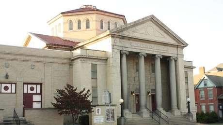 Prédio atual da igreja Metodista de Fairmont, onde ocorreu a primeira celebração do Dia dos Pais. O prédio antigo foi derrubado em 1922