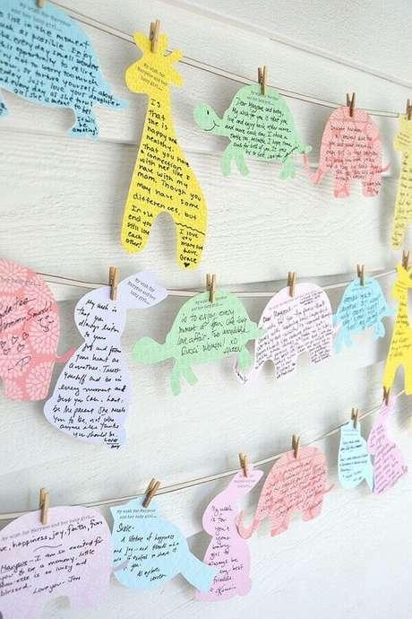 40. Crie um mural de recados na decoração para chá de fraldas – Foto: Baby Shower Ideas