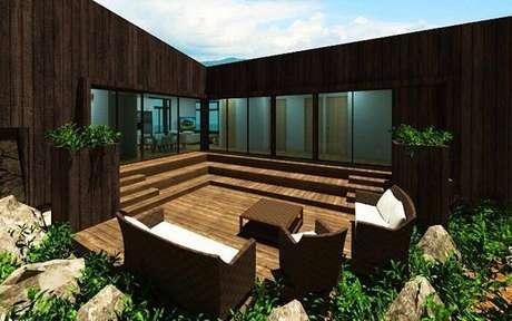 26. Modelo de projeto com varanda de madeira em área aberta. Fonte: Revista Viva Decora