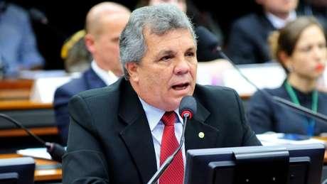 O ex-deputado Alberto Fraga (DEM) ajudou Aras a ganhar acesso ao Planalto