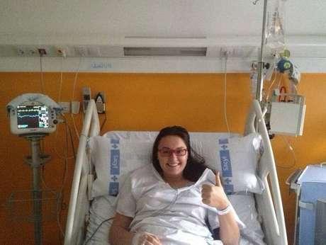 Luiza internada no hospital da Espanha, em dezembro de 2012, quando teve o AVC