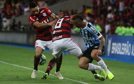No último encontro pelo Brasileirão, Flamengo venceu por 2 a 0 no Maracanã (Foto: Reginaldo Pimenta / Raw Image)