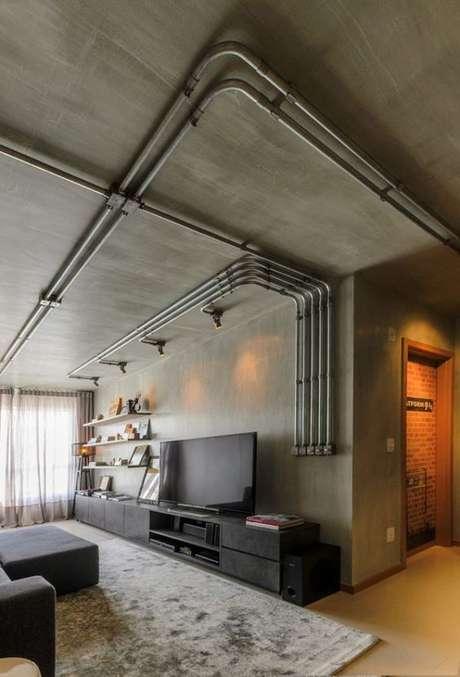 13. Os eletrodutos da instalação elétrica pode facilmente ser incorporado à decoração. Foto: Casa Vogue