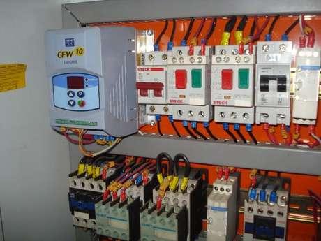 21. É importante que a instalação elétrica siga as normas vigentes. Foto: Tecno Daher