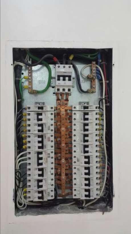 25. A instalação elétrica deve objetivar também a economia. Foto: Dicas do Gilson Eletricista