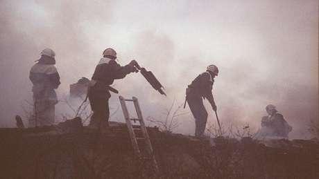 Segundo registros oficiais, cerca de 600 mil pessoas participaram das ações de contenção posteriores ao acidente na usina