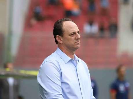 Rogério Ceni é o novo técnico do Cruzeiro.