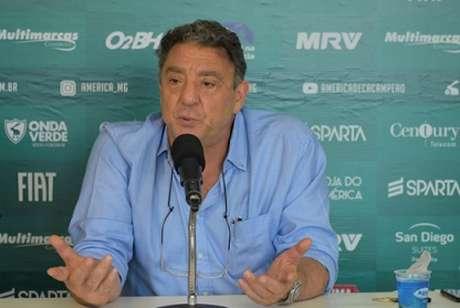 Marcus Salum disse que só uma parceria forte pode fazer o patamar do América subir no Brasil- (Estevão Germano/América-MG)