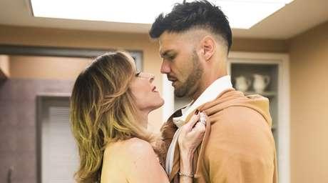Desprezada pelo marido gay enrustido, Lyris encontrou amparo e prazer nos braços do entregador Tonho