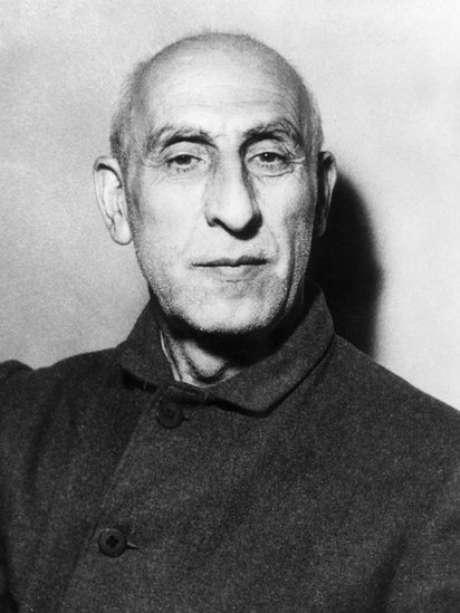 Mohammad Mosaddegh nacionalizou exploração do petróleo no Irã