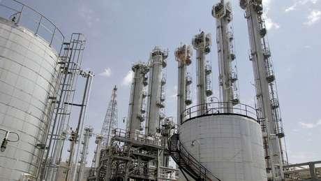 Em 2013, foi firmado acordo nuclear com Irã