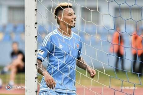 Ratão em campo pelo Slovan (Foto: Divulgação)