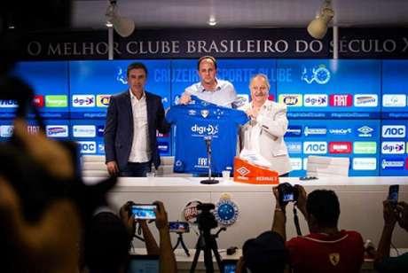 Rogério Ceni fica no Cruzeiro até o fim de 2020 (Angel Drummond/Cruzeiro)