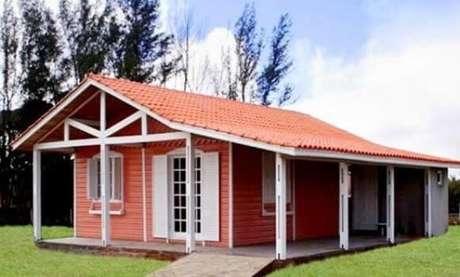 24. A decoração de casas com telhado colonial pode ser perfeita para seu projeto – Por: Revista VD