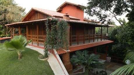 28. casa pré fabricada com telha colonial – Por: Pinterest