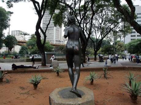 """Estátua """"Diana, a Caçadora"""" desapareceu da Praça Pedro Lessa, no Vale do Anhangabaú, centro de São Paulo"""
