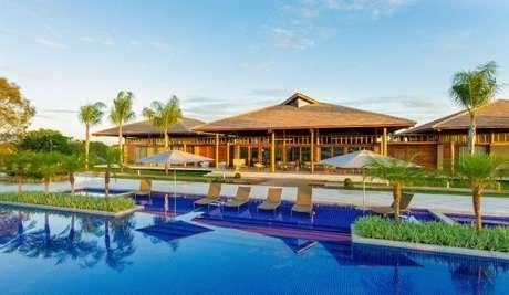 37. Casa de piscina com telha colonial – Por: Sandra Moura